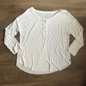 White Henley top (American Eagle)